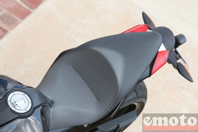 Photo de la Benelli TNT 899 modèle 2008