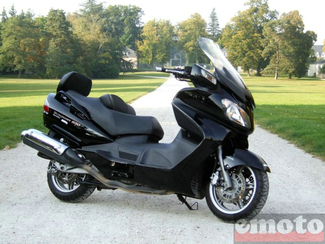 Photo du Suzuki Burgman 650 Executive modèle 2008