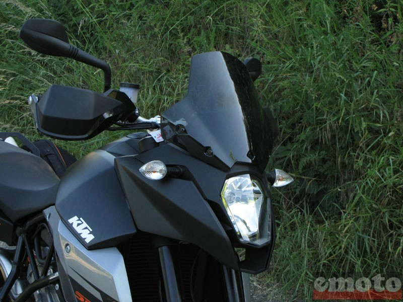 Photo de la KTM SMT 990 modèle 2009