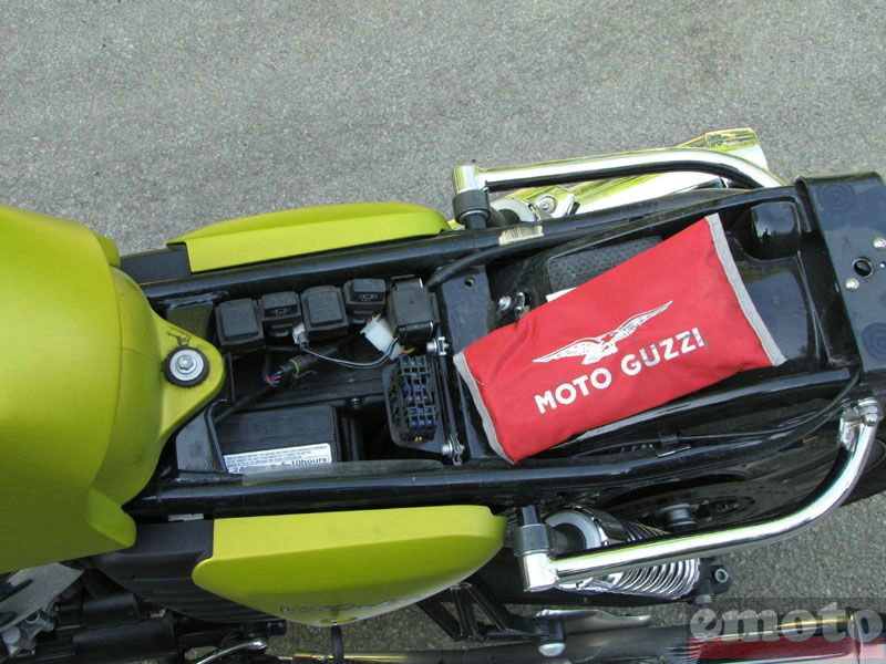 Photo de la Moto-Guzzi V7 Cafe modèle 2009