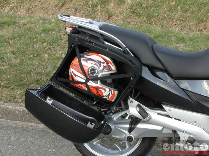 Photo de la BMW R 1200 RT modèle 2010