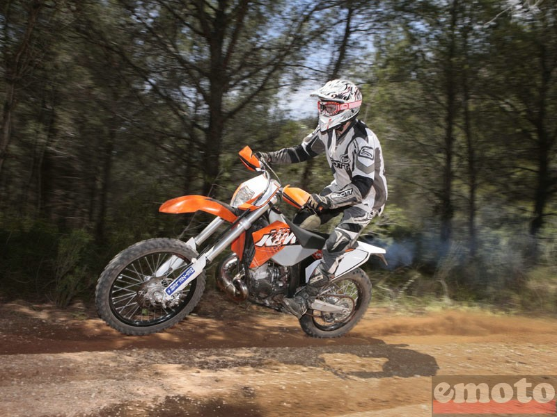 Photo de la KTM EXC 200 modèle 2011
