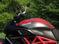 photo Ducati Diavel Carbon