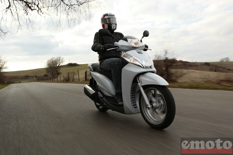 Photo du Honda SH300i modèle 2011