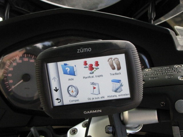 Garmin Zumo 340 : les applications