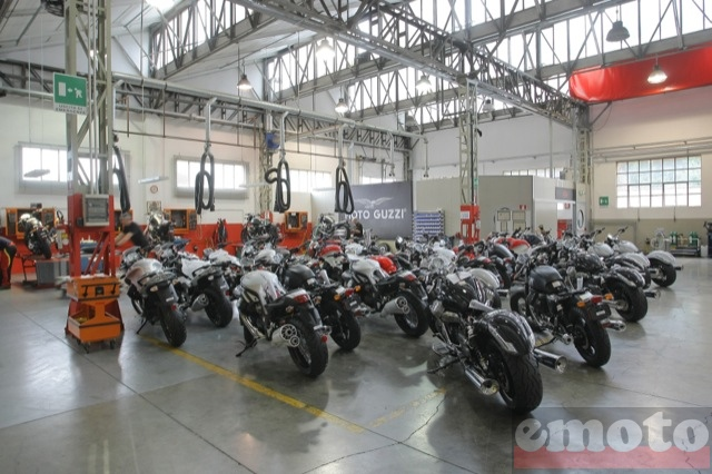 usine moto guzzi finitions