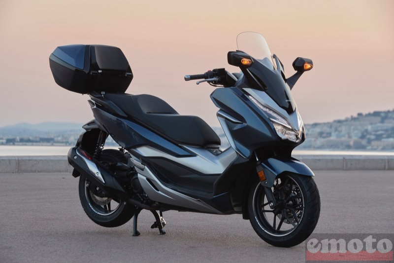 Photo du Honda Forza 300 modèle 2019