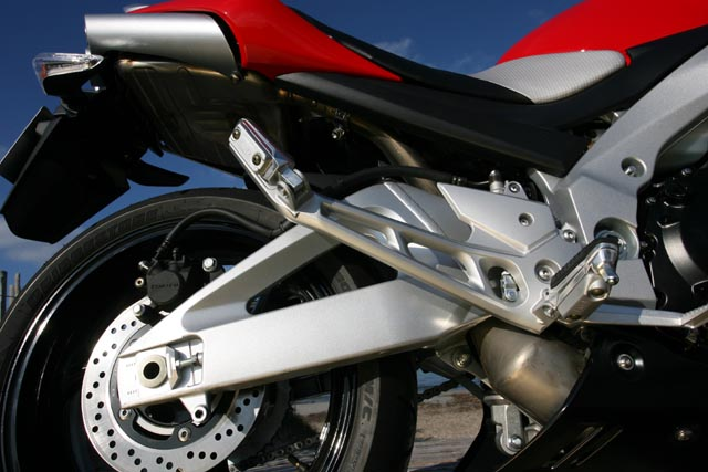 Photo de la Suzuki GSR 600 modèle 2006