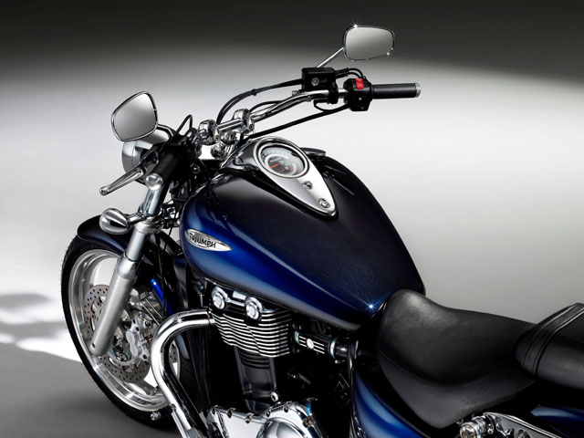 triumph thunderbird phantom blue haze 1700