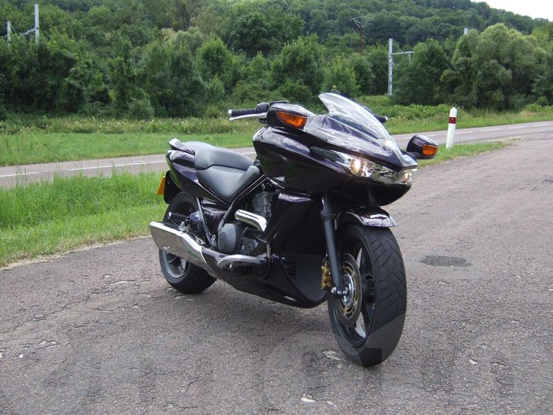 Essai Honda DN-01 2008 par Jean-Michel Lainé