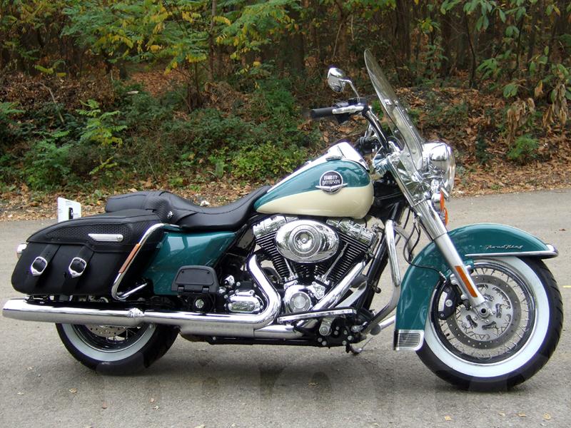 Essai Harley-Davidson Road King Classic 2009 par Jean-Michel Lainé