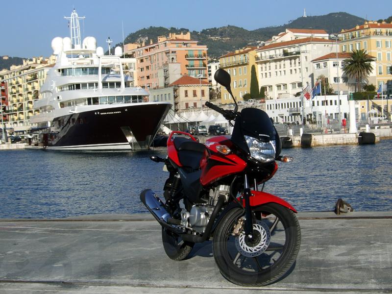 Essai Honda CBF125 2009 par Jean-Michel Lainé