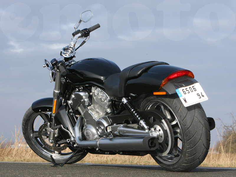 Essai Harley-Davidson Muscle 2009 par Guillaume Mongin