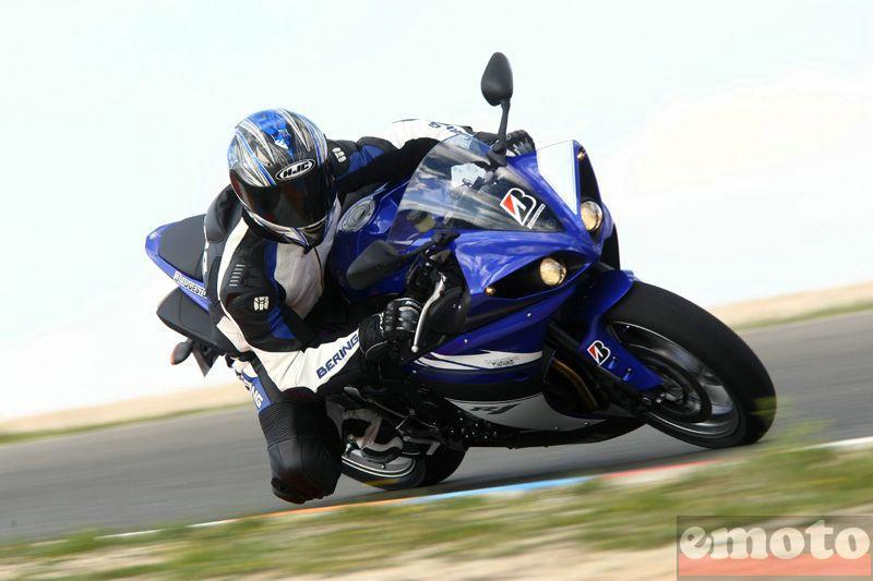 Essai Yamaha R1 2009 par Julien Métrop