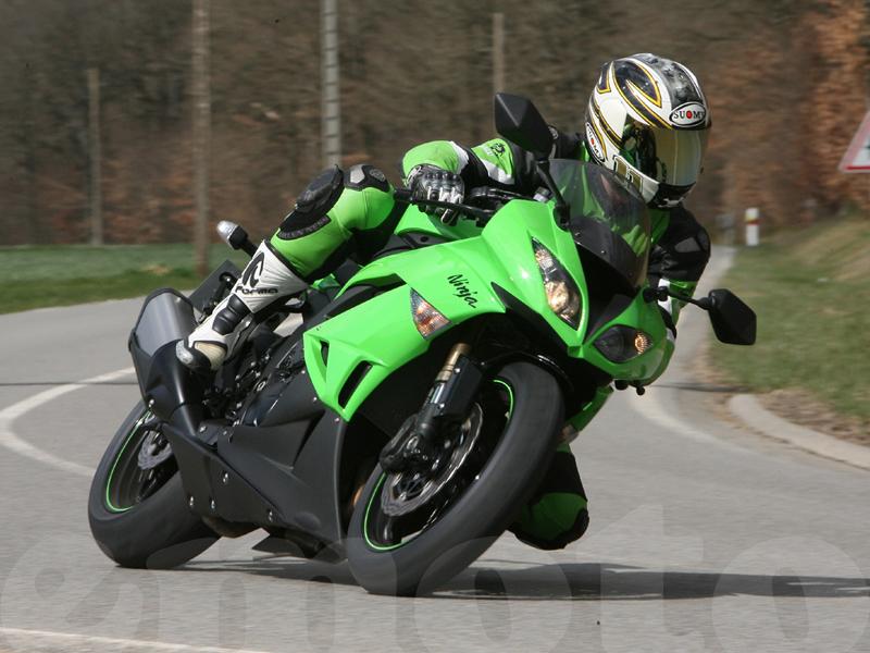 Essai Kawasaki ZX6R 2009 par Guillaume Mongin