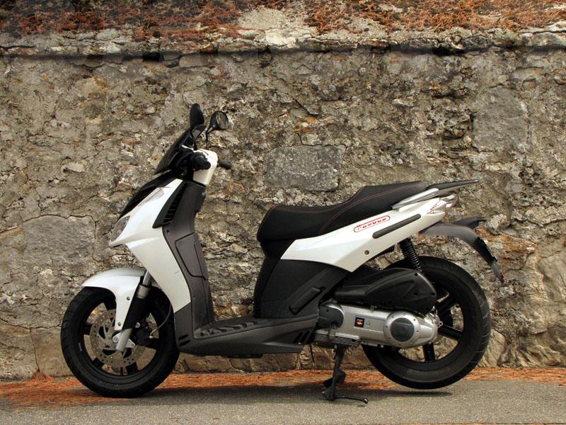 Essai Derbi Rambla 125 modèle 2009 par Jean-Michel Lainé