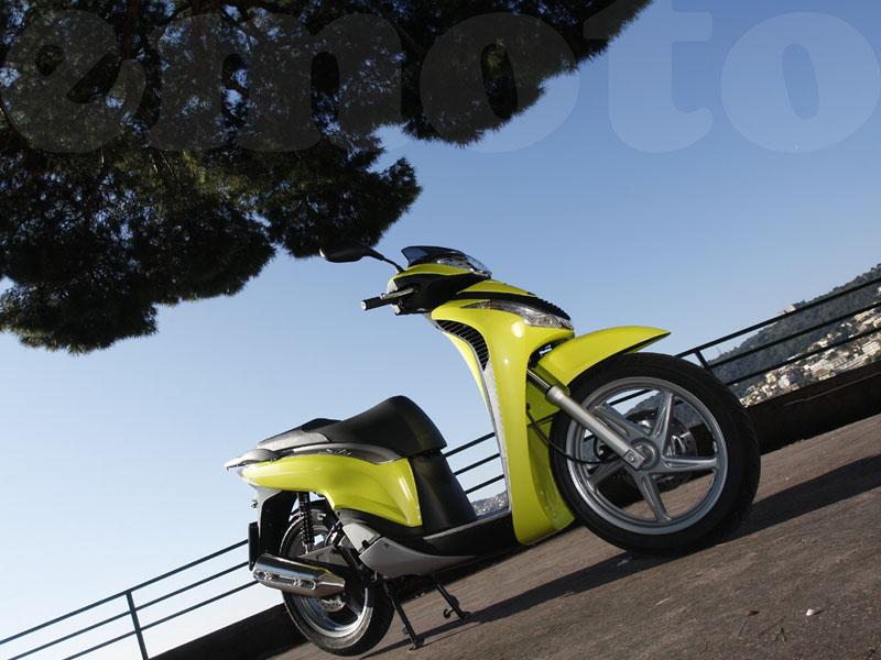 Essai Honda SH125i modèle 2009 par Photos David Reygondeau