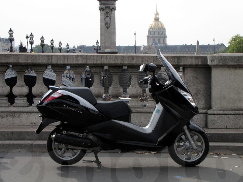 Essai Peugeot Satelis 125 Executive modèle 2009 par Jean-Michel Lainé