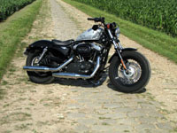 Photo 1 Essai Harley-Davidson Forty Eight 2010