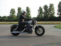 Photo 23 Essai Harley-Davidson Forty Eight 2010