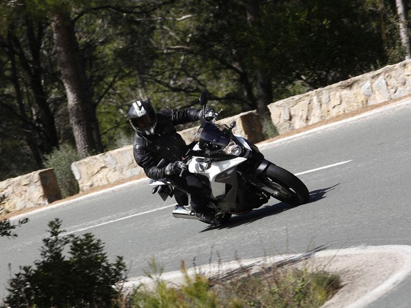 Essai Honda Crossrunner 800 modèle 2011 par Didier Renoux