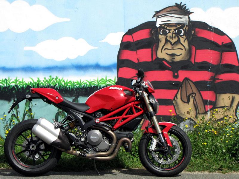 Essai Ducati Monster 1100 Evo 2011 par Jean-Michel Lainé