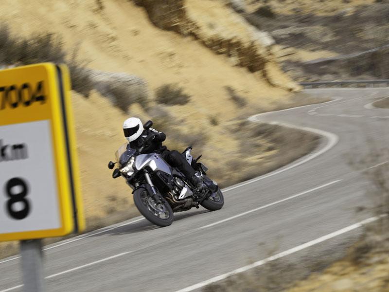 Essai Honda Crosstourer 1200 modèle 2012 par Julien Lessigny - photos : constructeur