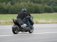 Photo 5 Essai Yamaha T-Max 530 Lazareth Hyper Modified 2012