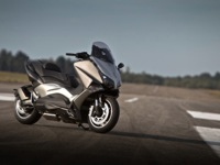 Photo 10 Essai Yamaha T-Max 530 Lazareth Hyper Modified 2012