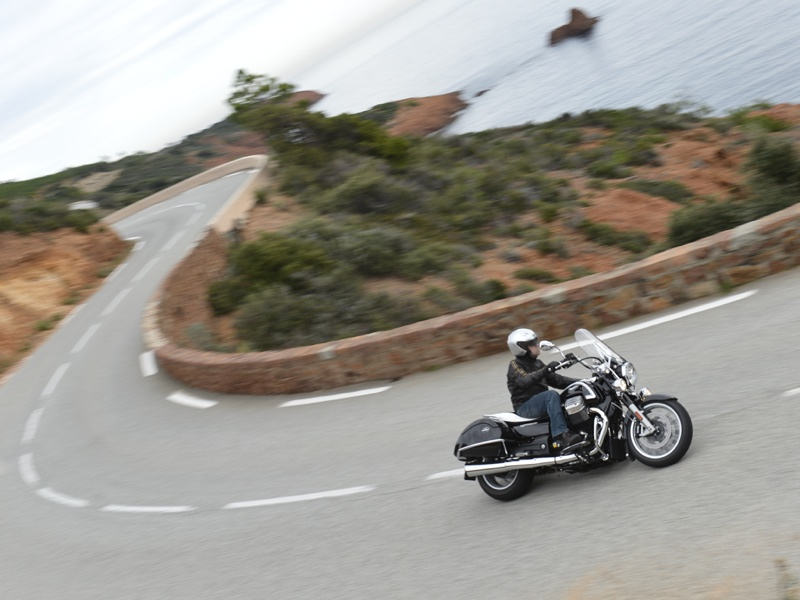 Essai Moto-Guzzi California 1400 2013 par Jean-Michel Lainé