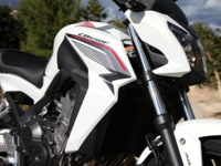 Photo 17 Essai Honda CB650F 2014