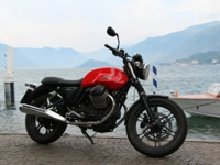 Photo 3 Essai Moto-Guzzi V7 Stone 2014