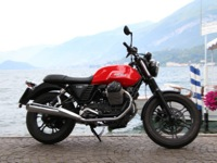 Photo 6 Essai Moto-Guzzi V7 Stone 2014