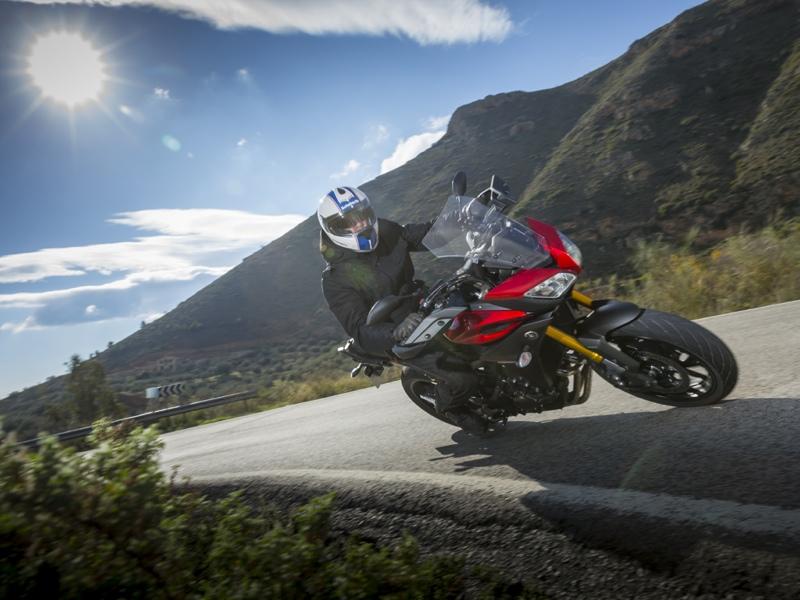 Essai Yamaha MT-09 Tracer 2015 par Jean-Michel Lainé