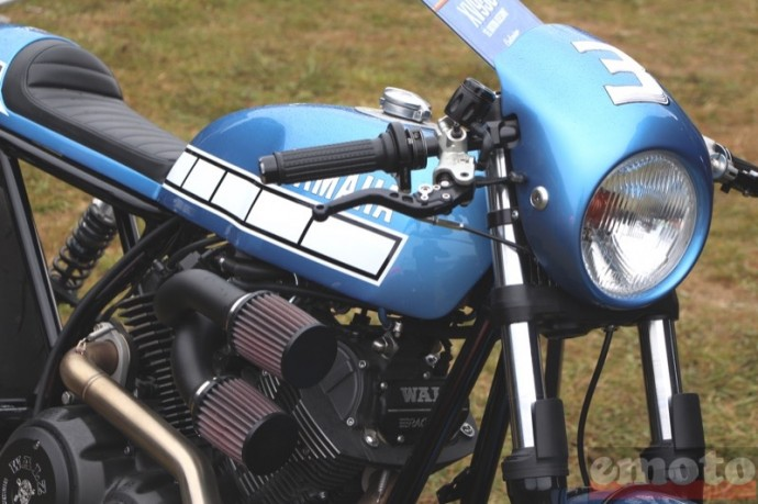 cafe racer sur base de xv950 bolt