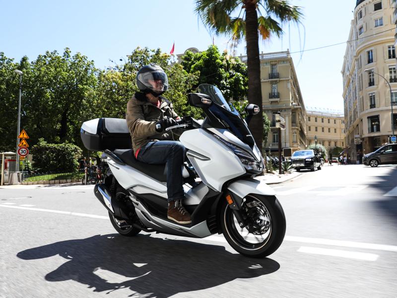 Essai Honda Forza 300 2019 par Jean-Michel Lainé