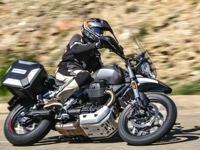 Photo 11 Essai Moto-Guzzi V85TT 2019