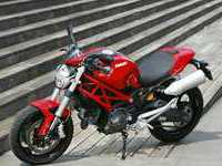 Photo 17 Essai Ducati Monster 696+ modèle 2008