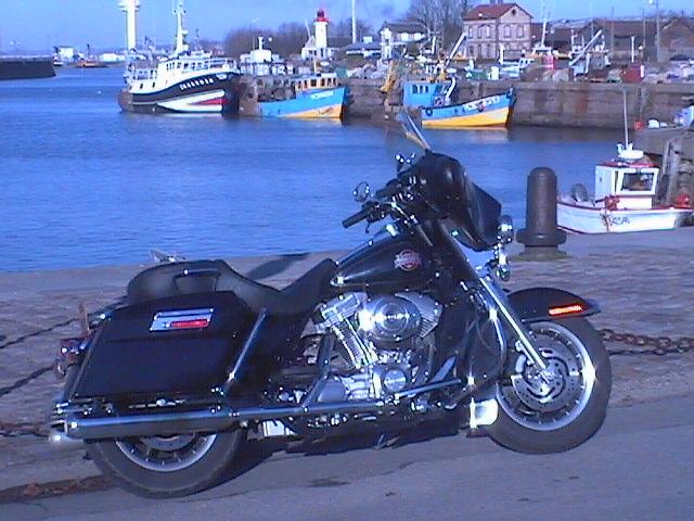 Essai Harley-Davidson Electra Glide Standard modèle 2003 par Jean-Michel Lainé