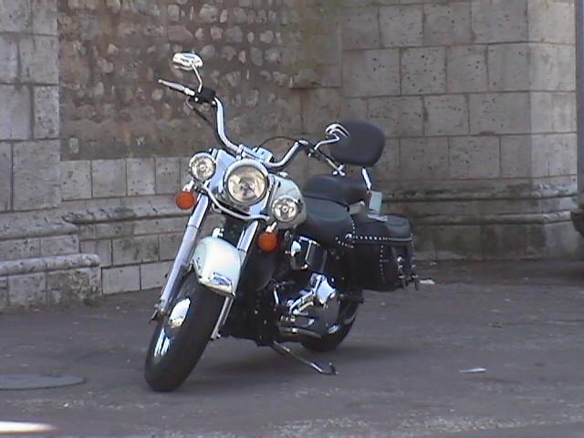 Essai Harley-Davidson Heritage Softail Classic modèle 2003 par Jean-Michel Lainé