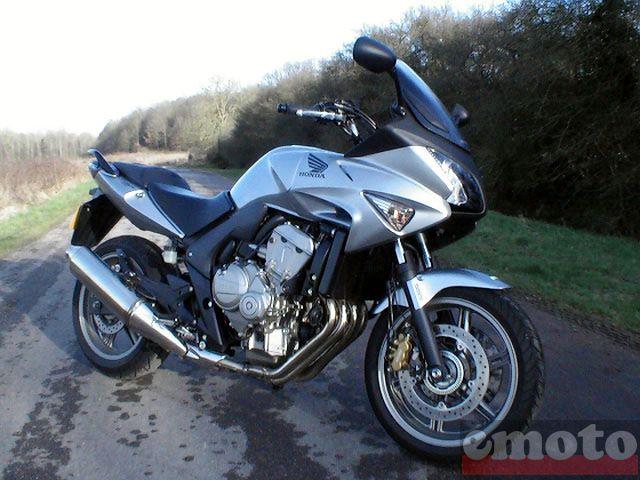 Essai Honda CBF600S 2008 par Jean-Michel Lainé