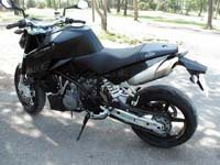 Photo 24 Essai KTM Super Duke 990 2007