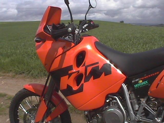 Essai KTM Adventure 640 2004 par Jean-Michel Lainé