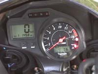 Photo 21 Essai Triumph Daytona 600 2003