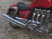 Photo 33 Essai Triumph Rocket III 2005
