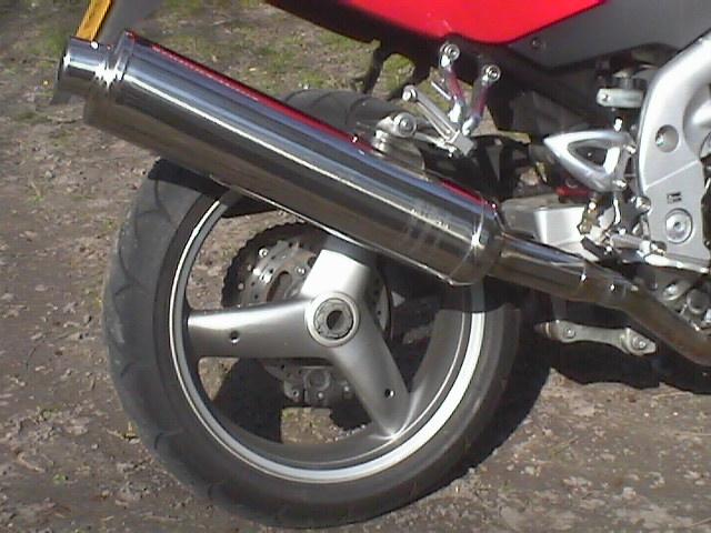 Essai Triumph Speed Triple 955 modèle 2004 par Jean-Michel Lainé