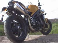 Photo 19 Essai Triumph Speed Triple 1050 2005