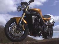 Photo 20 Essai Triumph Speed Triple 1050 2005