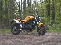 Photo 24 Essai Triumph Speed Triple 1050 2005