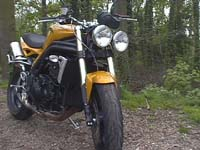 Photo 25 Essai Triumph Speed Triple 1050 2005